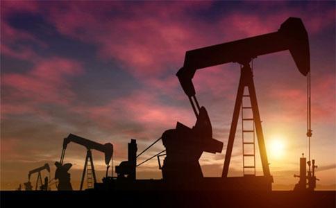 需求改善油價大漲 多重因素提振金價