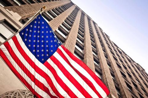 美經濟復蘇長路漫漫 現貨黃金橫盤整理