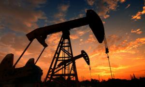国际油价持稳,全球消费向好势头犹在