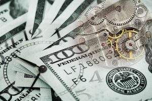 避险情绪升温,美元创二周来最大涨幅